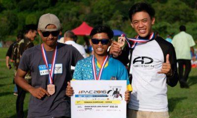 Rustandi(kiri),Samto(tengah),Dabil (kanan) Atlet Kota Depok saat menjuarai JIPAC 2016 di Malaysia