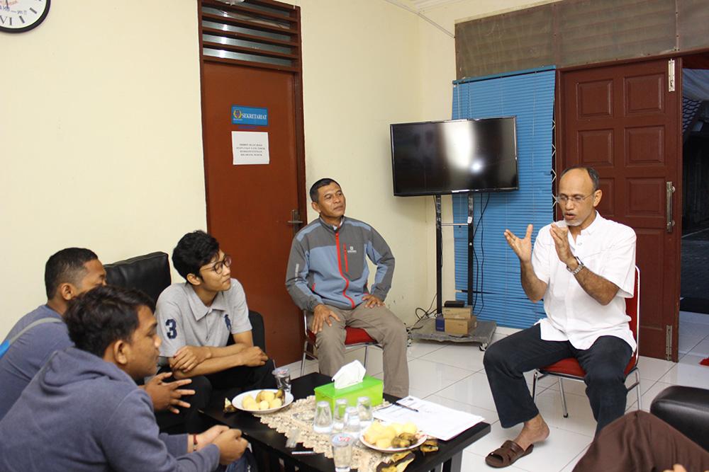 Kabid Binpres Mustafa Mansyur memberikan usulan terkait kejuaraan bola voli Diana Jaya Cup