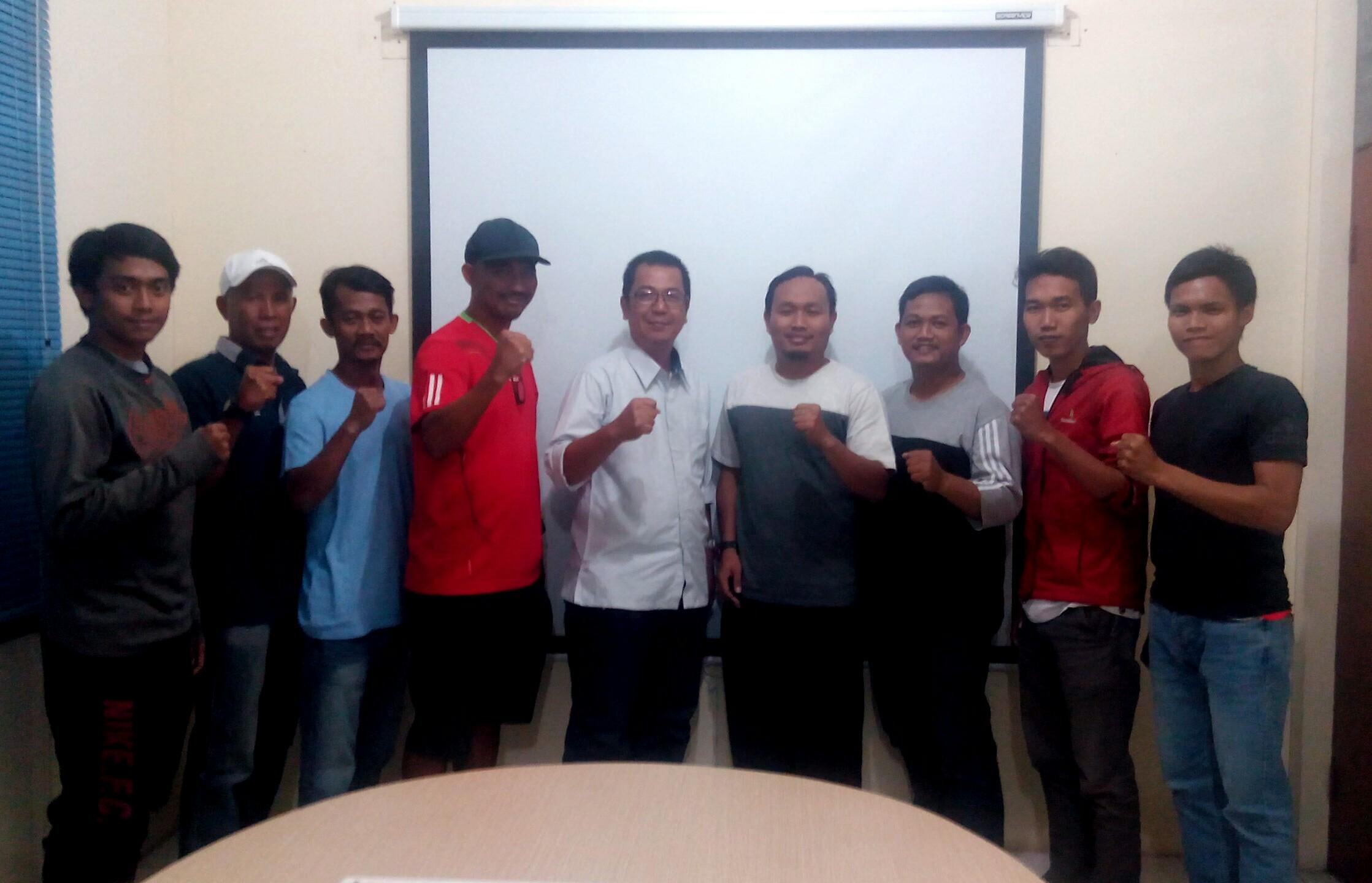 Ketua PRSI terpilih bersama pelatih dan pengurus