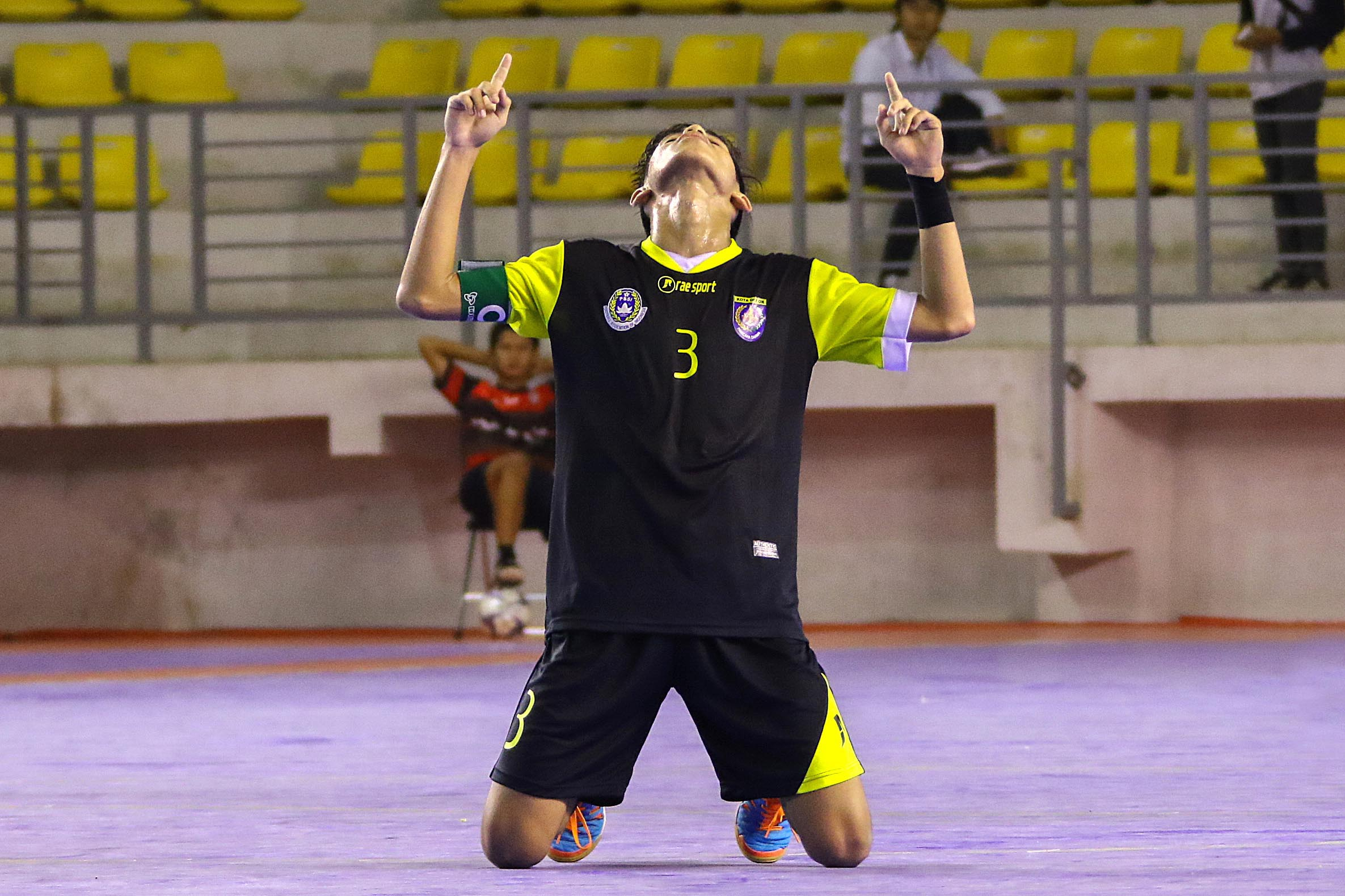 Selebrasi Pemain Futsal Kota Depok usai memenangi laga dengan Kab Karawang