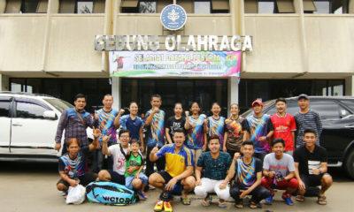 Tim Bulutangkis Kota Depok Foto bersama usai menjalani laga perdana di Babak Kualifikasi Porda Jabar