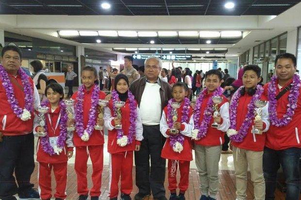 karateka-sd-sumbang-empat-emas-untuk-indonesia-nX7