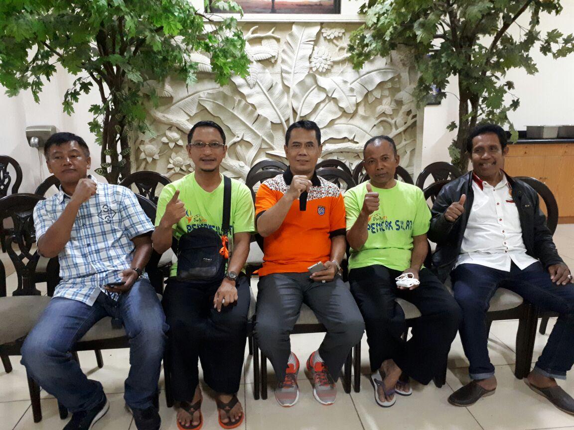 Ery Purnomo pelatih Silat Kota Depok menyambut kunjungan binpres KONI Kota Depok