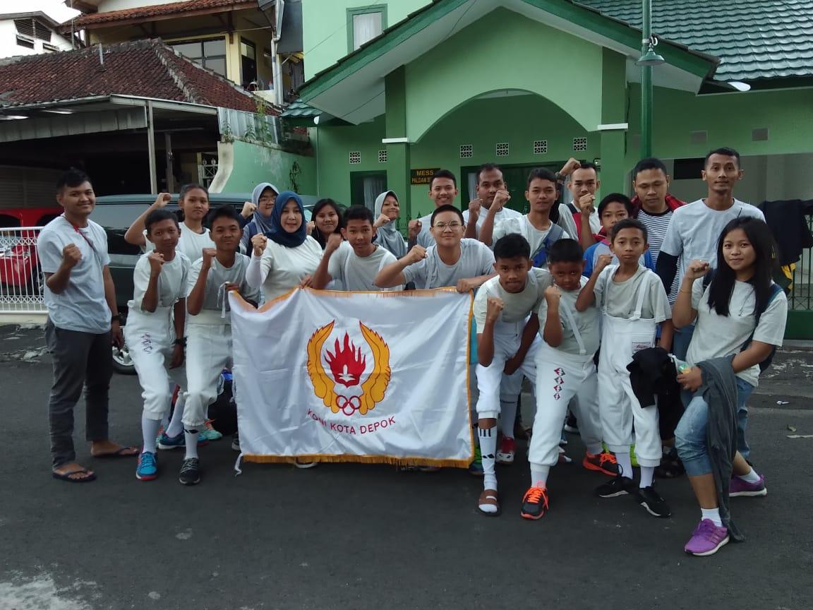 Para Atlet Anggar yang ikur kejuaraan Sirkuit 1 Ikasi Jabar