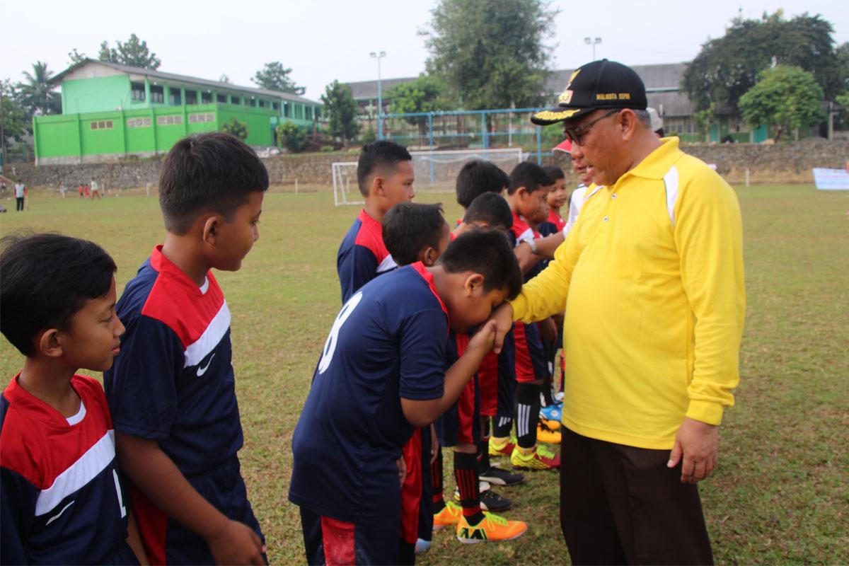 Mohammad-Idris-Turnamen-Sepakbola-Usia-Dini-Berorientasi-Pada-Pembinaan