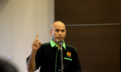 Mustafa Mansyur Ketua Bidang Prestasi KONI Kota Depok  memberikan sambutan diacara kongres Asosiasi Futsal kota Depok, di gedung Debaleka LT.10 (19/01/19).