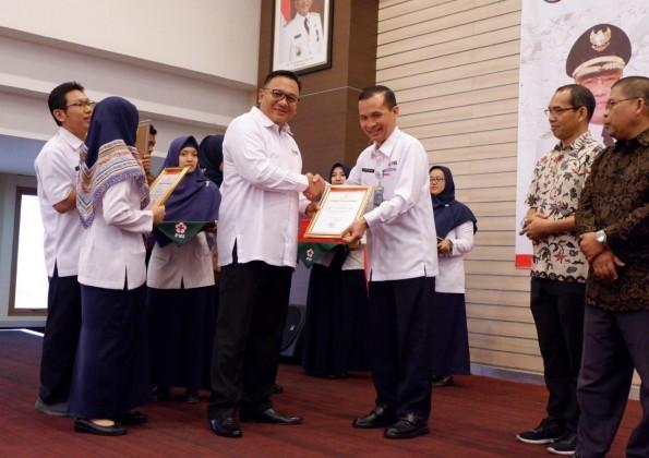 PMI Kota Depok Berikan Penghargaan pada HUT PMI ke 74th
