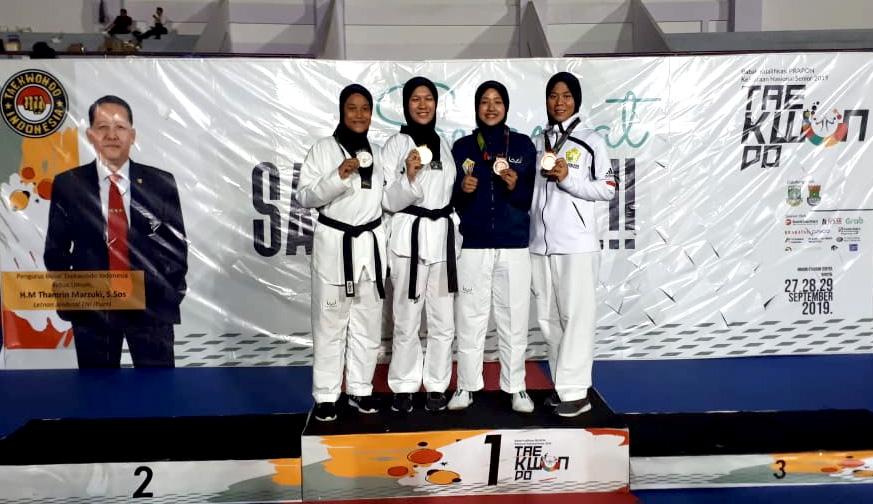 Febby Raih Emas di Pra PON Taekwondo